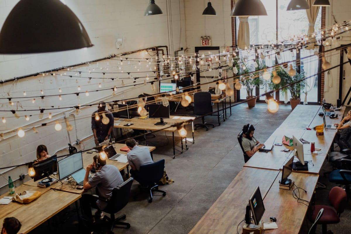KADAL 135: Pengisian Posisi Eksekutif oleh Perempuan Memengaruhi Kinerja Perusahaan